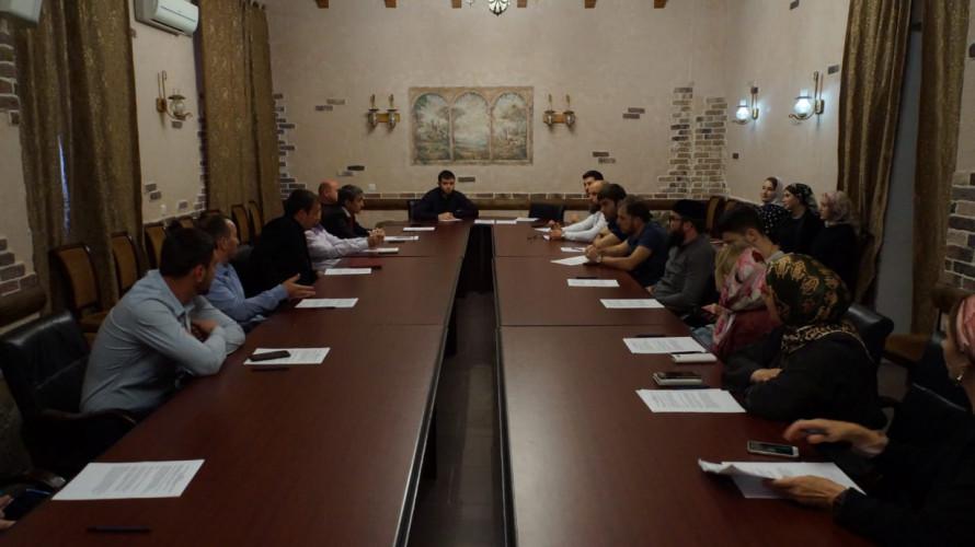 ЧЕЧНЯ. Роль СМИ в развитии муниципалитетов обсудили во Дворце молодежи